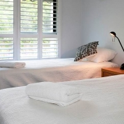 Modern bedrrom with 2 single beds | Prestige Holiday Homes