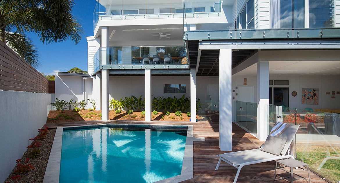 Swimming pool and entertaining area at Ocean View Beach House | Sunshine Coast Holiday Homes