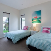 Twin single bed room | Beach Wave House