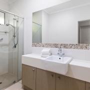 Bathroom 60 Beachway 10